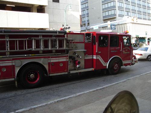 firetruckhueys (75k image)