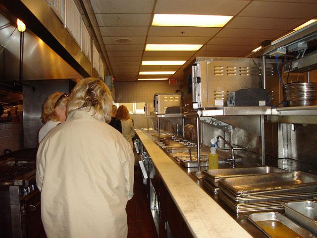 kitchen (115k image)